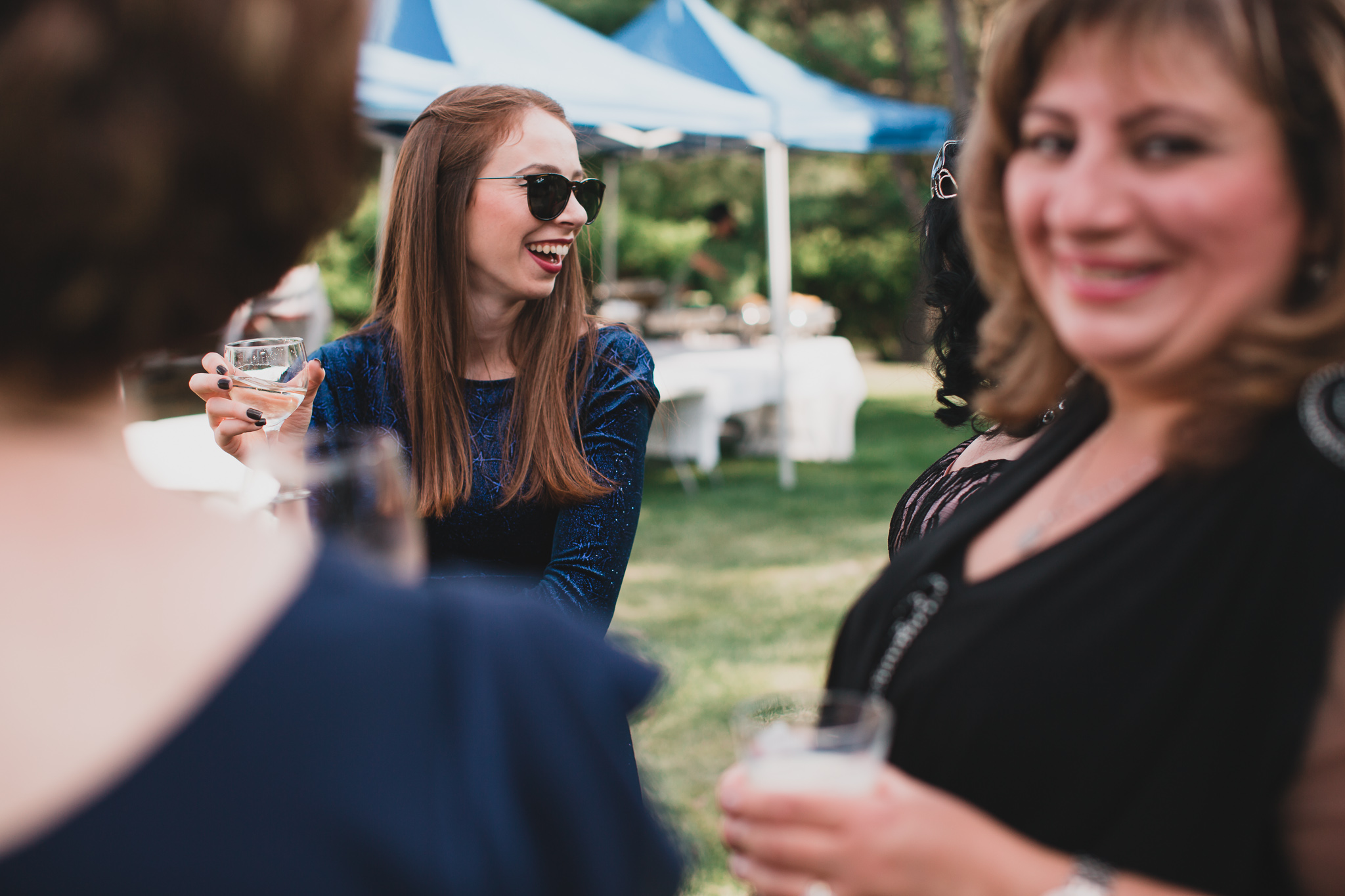 Cocktail hour wedding photo coverage
