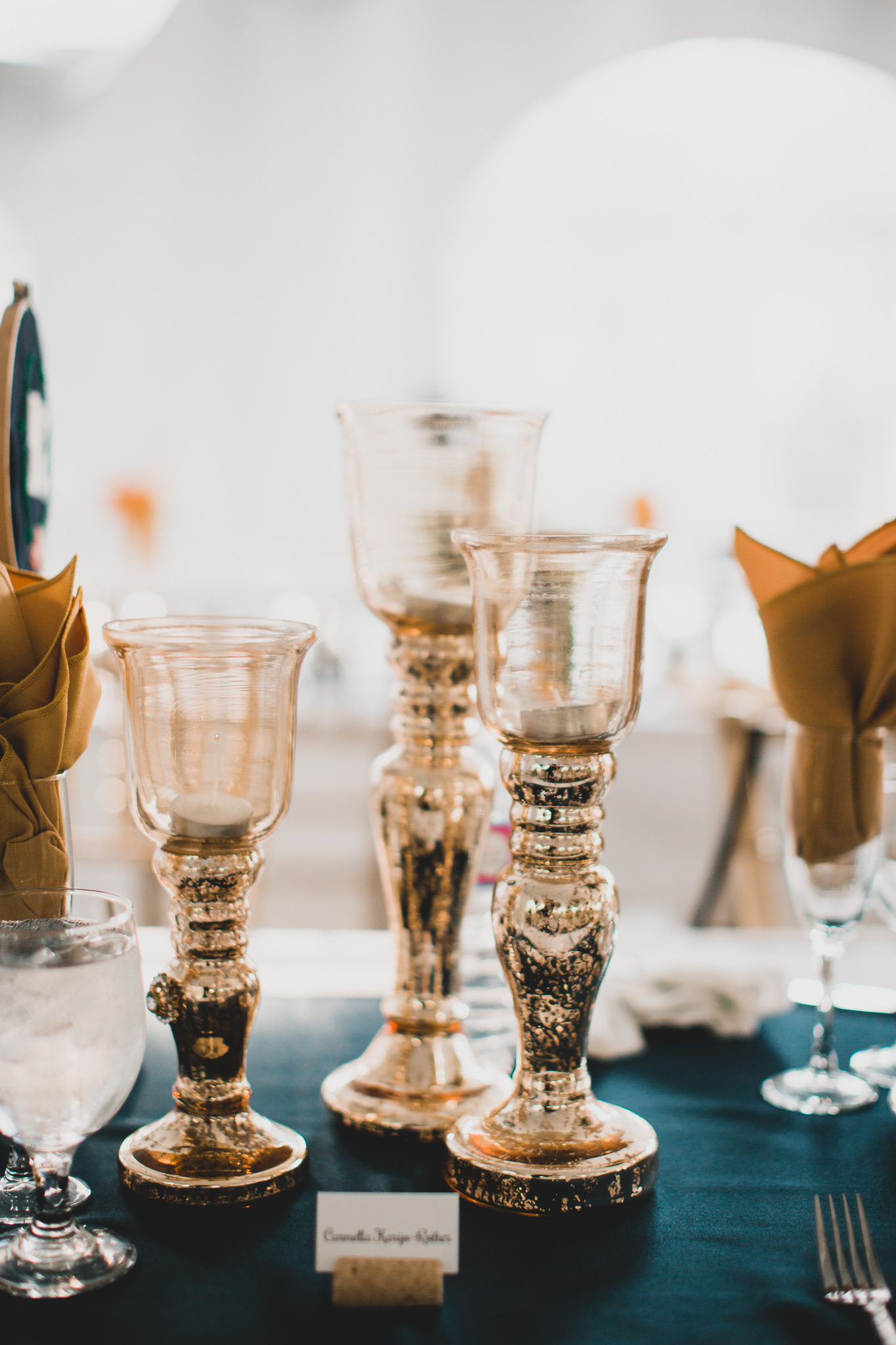 Modern and classic wedding details
