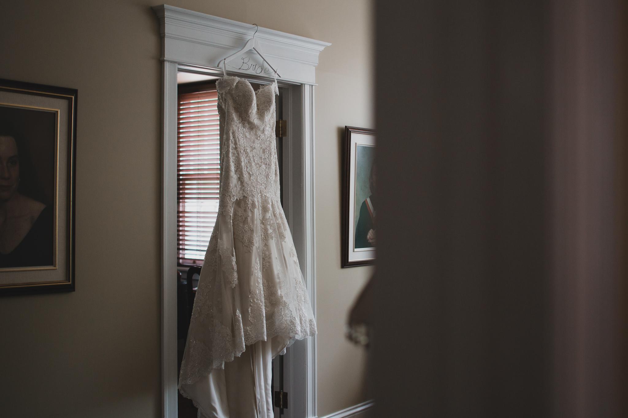 Natural light wedding photographer, Ottawa