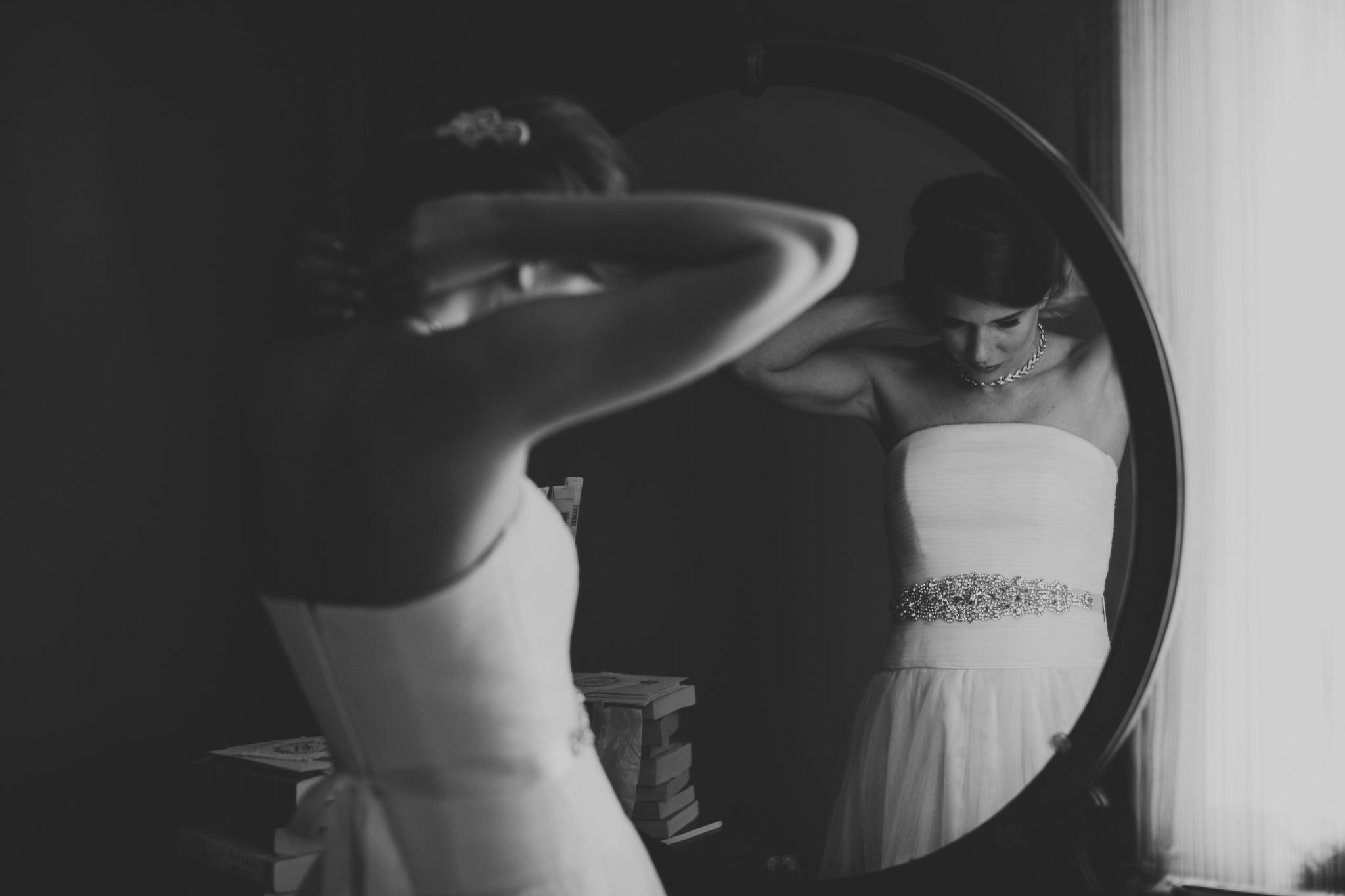 Dark & Moody Ottawa Wedding Photography