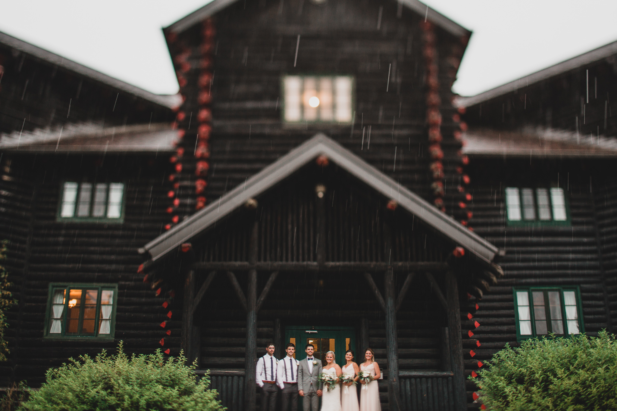 Chateau Montebello Wedding Photo Locations, Rain