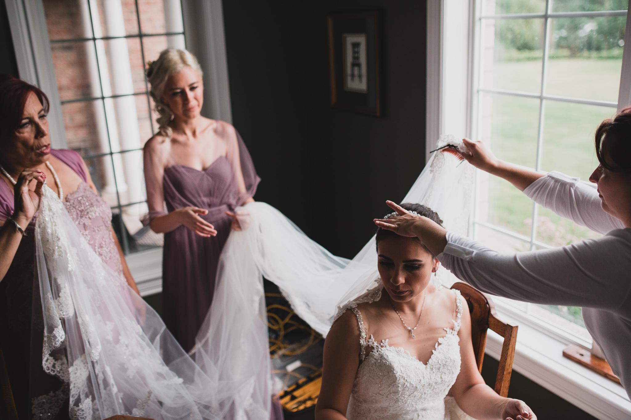 Natural, candid wedding photography Ottawa Ontario