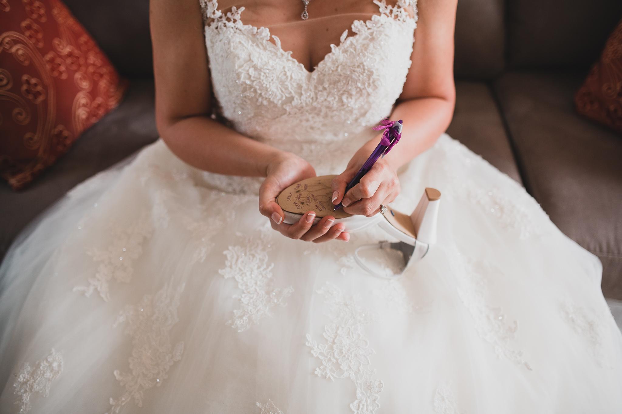 Turkish Shoe-Signing Tradition, Wedding