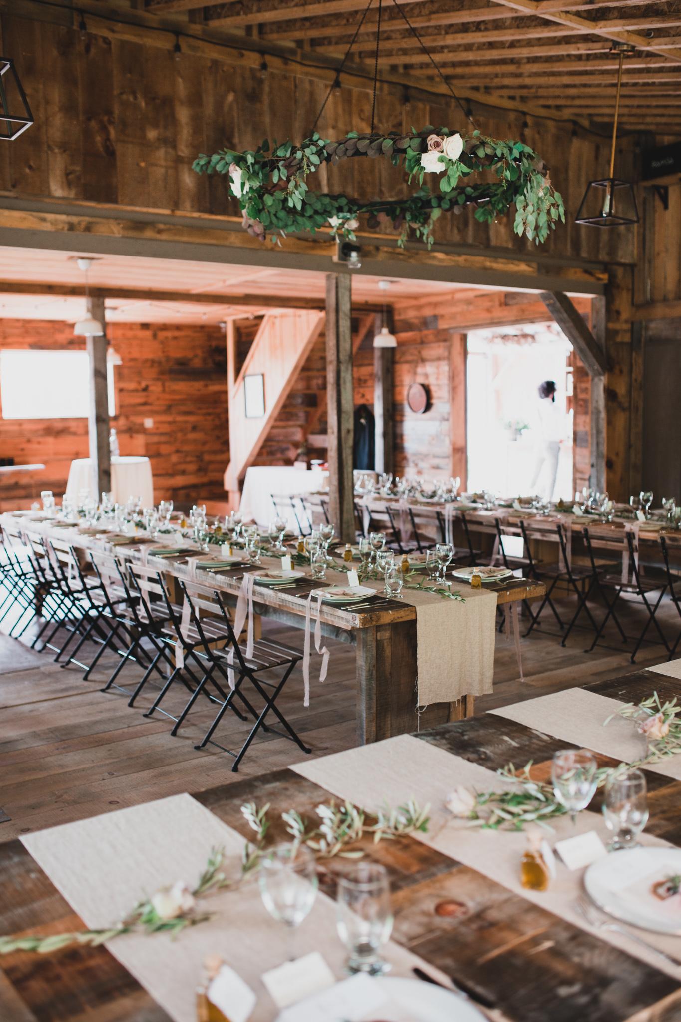 Natural and Organic Wedding Design, Raw wood
