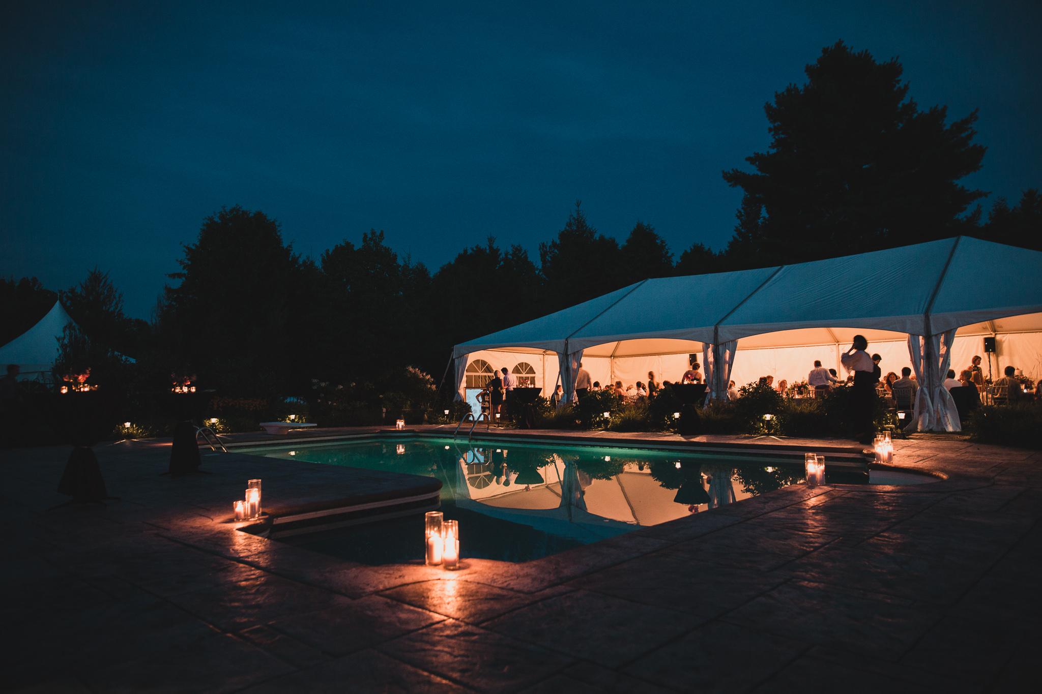 Backyard wedding ottawa Jonathan Kuhn Photography