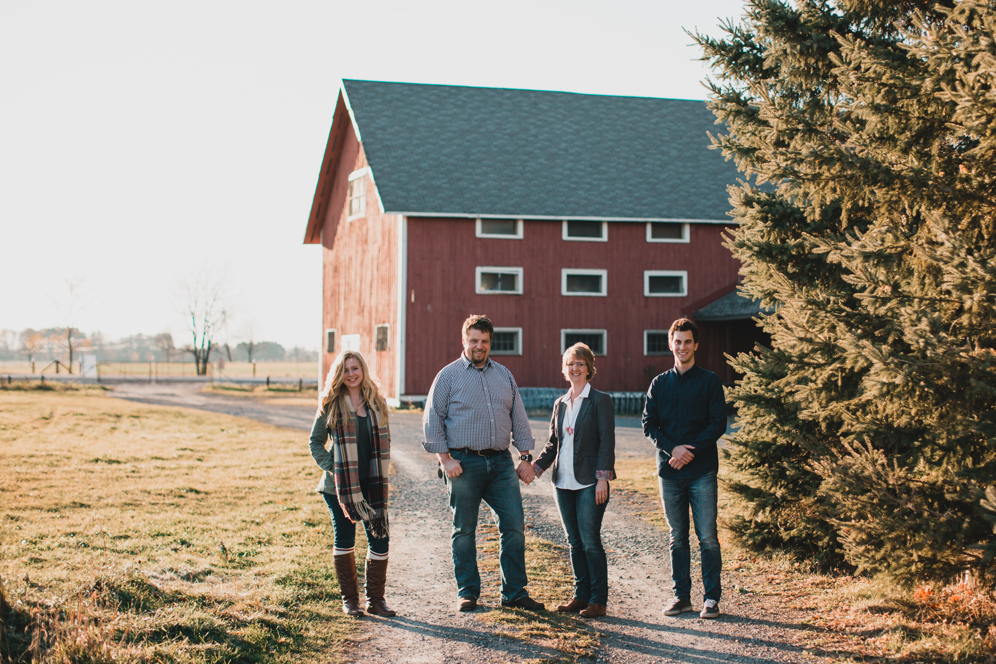 Family Photo Locations - Red Barn - Ottawa
