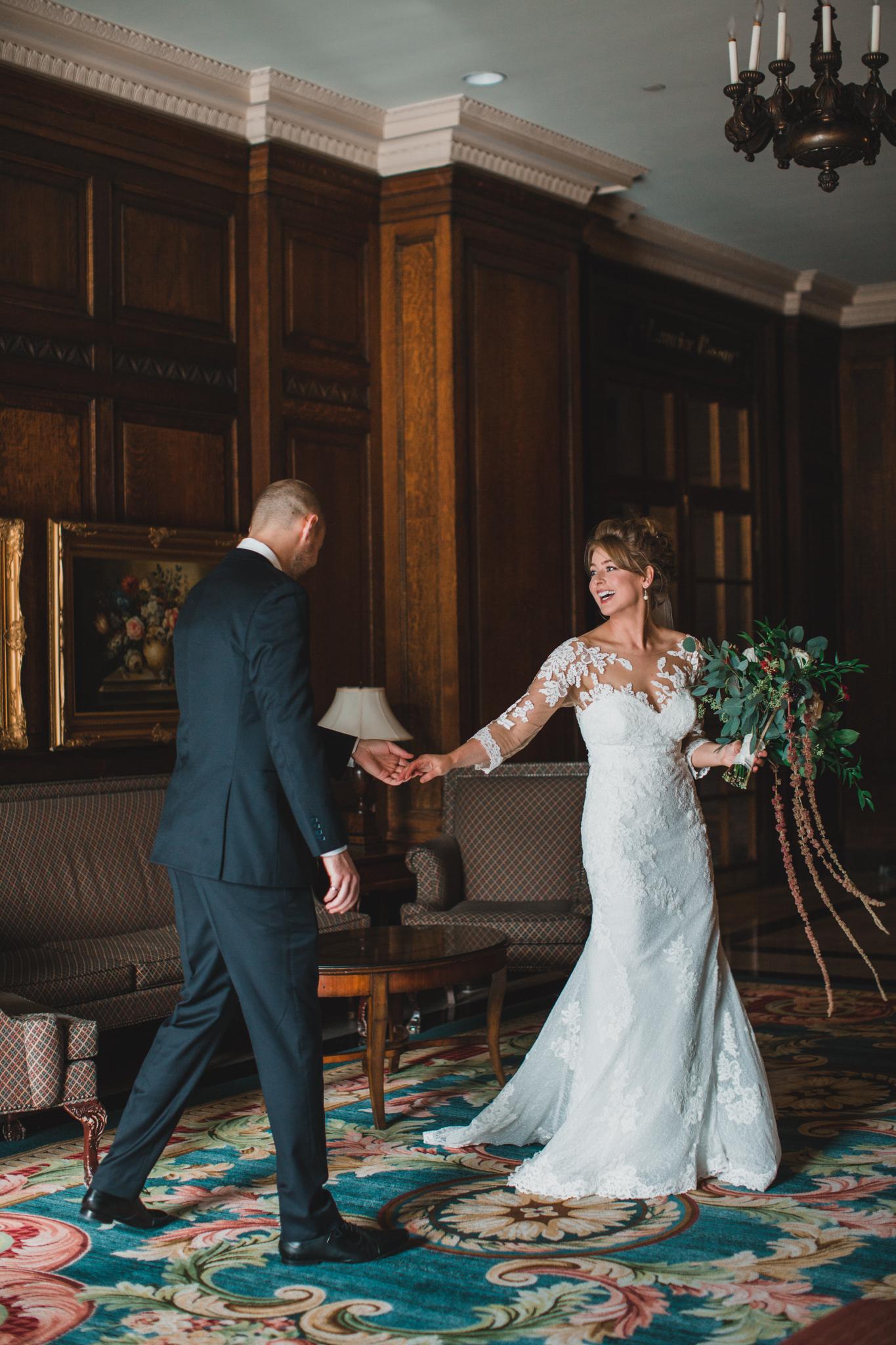 Candid, documentary style wedding photos in Ottawa