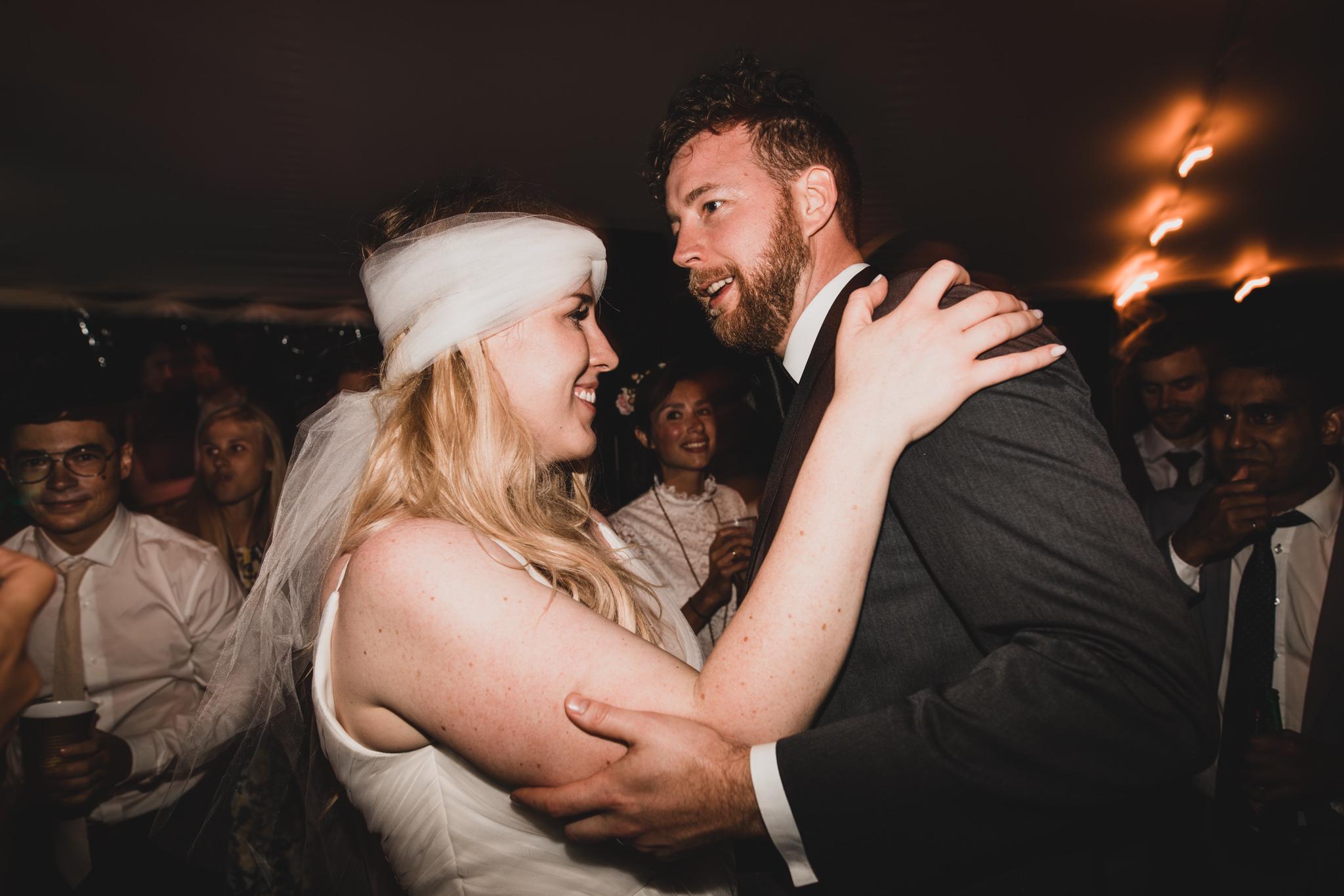 Candid Wedding Photography, Ottawa Lanark