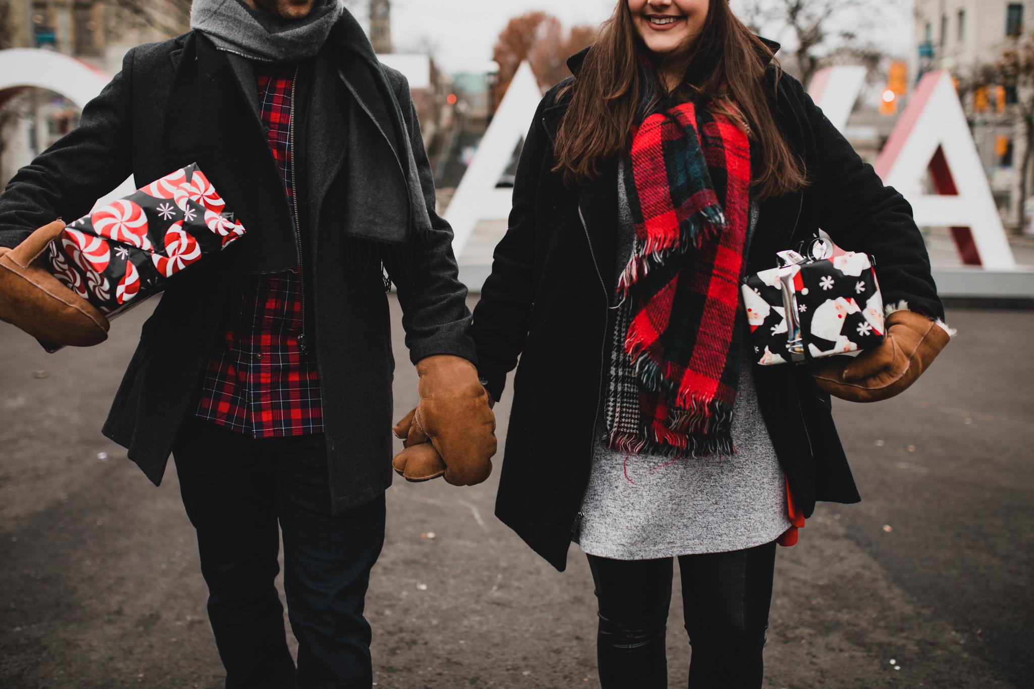 Couples christmas portraits ottawa