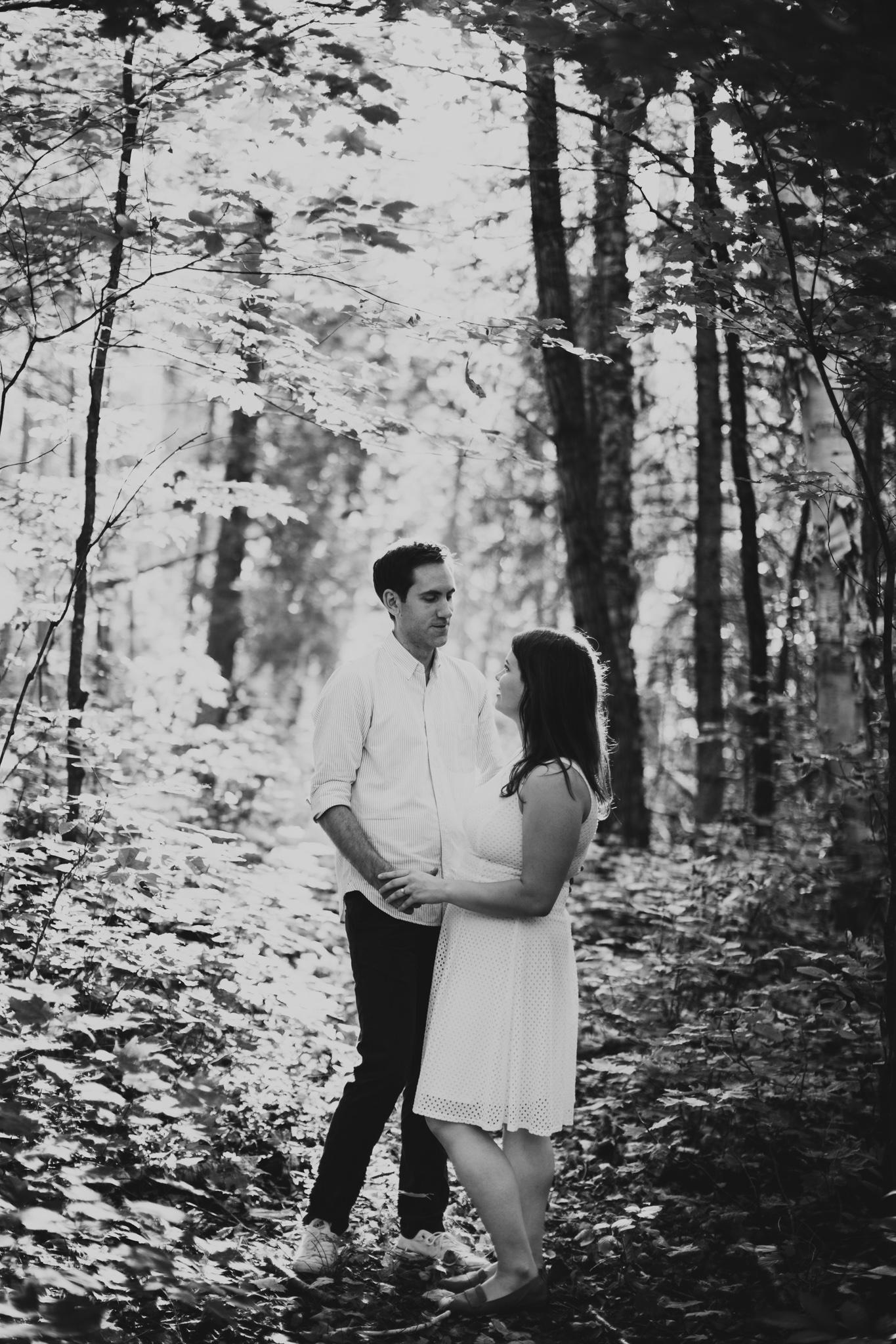 007-WEB-Jonathan-Kuhn-Photography-Rebecca-Emil-Engagement-4365.jpg