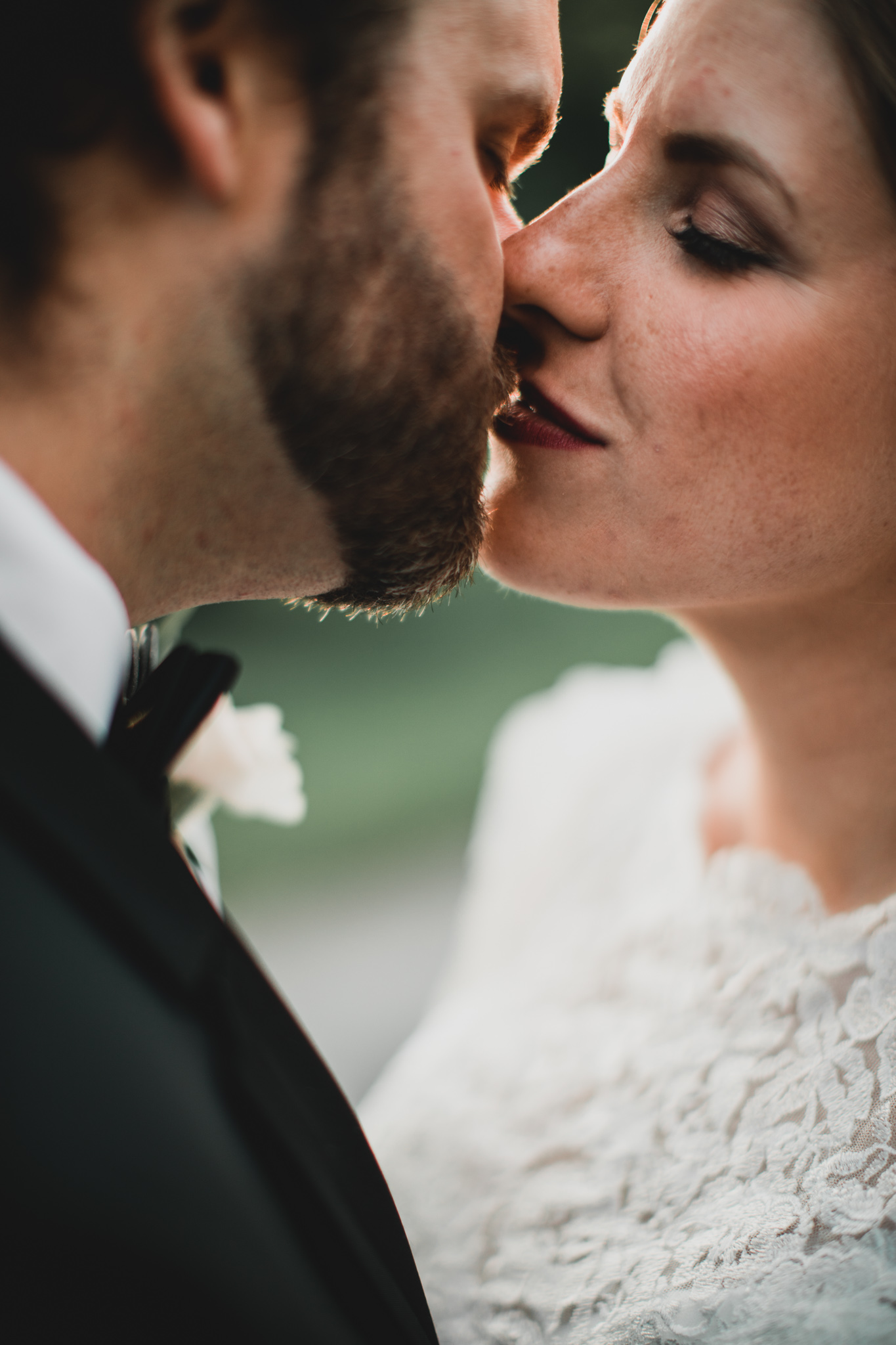 Romantic Ottawa Wedding Photographer