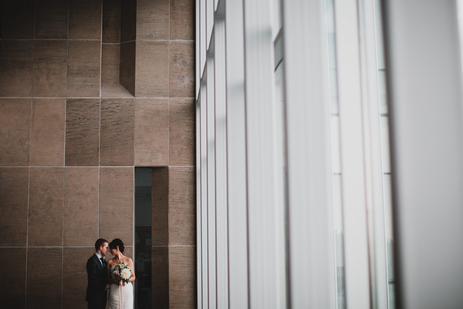 031-Jonathan-Kuhn-Photography-Wedding-_mini.jpg