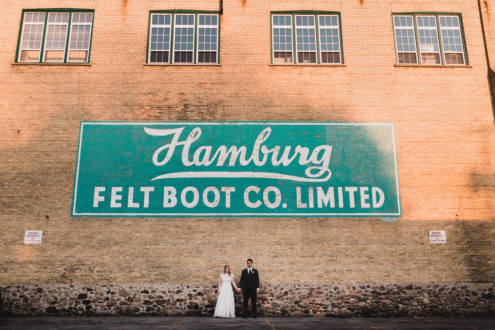 052-Jonathan-Kuhn-Photography-Wedding-_mini.jpg