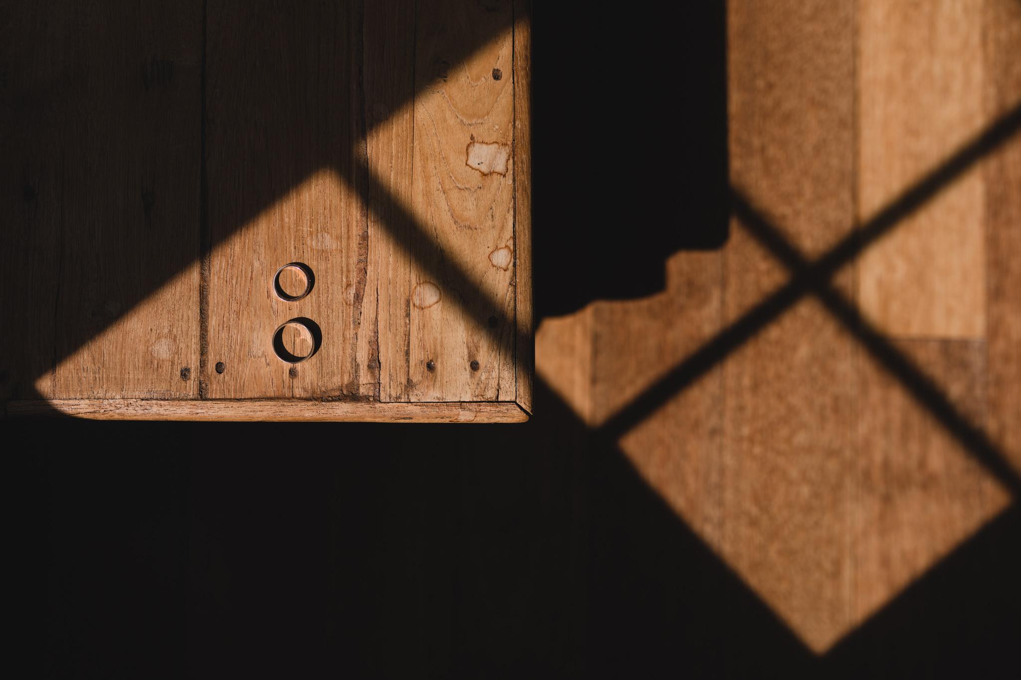Shadowy, detail weding photos