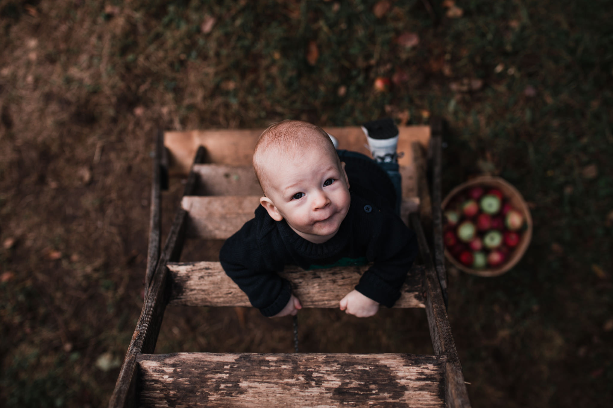 089-WEB-Jonathan-Kuhn-Photography-Elish-Nate-AppleOrchard-6900.jpg