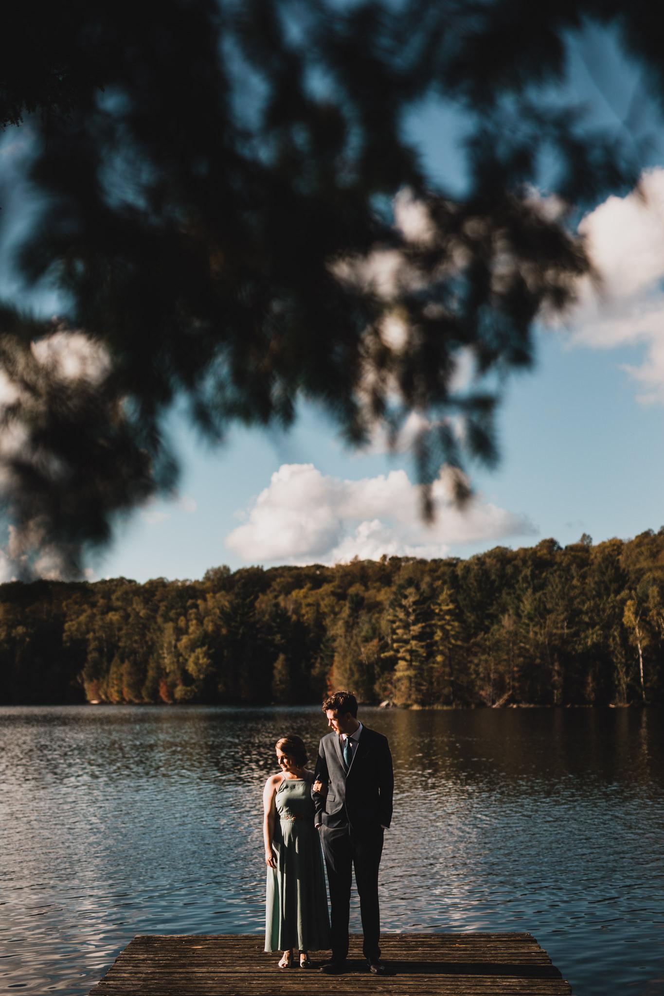 Outdoorsy, casual wedding in Ottawa