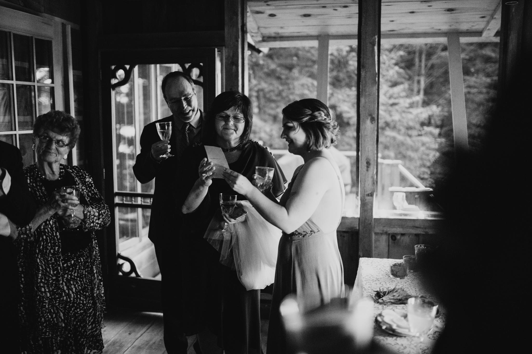 421-WEB-Jonathan-Kuhn-Photography-Taylor-Noah-Wedding-1647.jpg