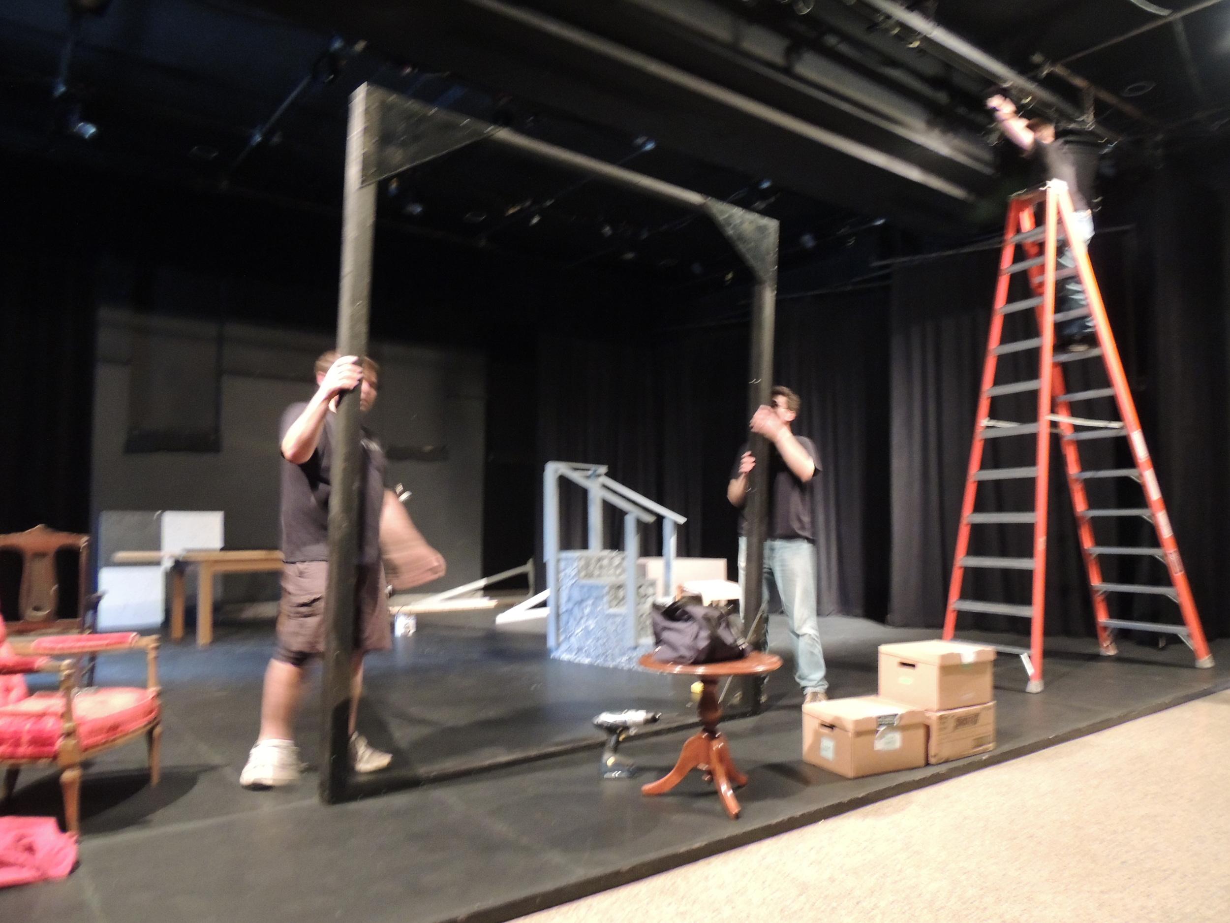 Volunteers constructamazing sets - So actors have great backdrops!