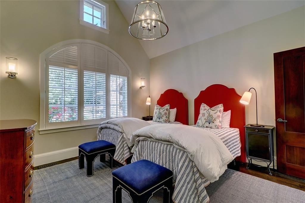 Luxe_and_Livable_Interior_Design_Blog_by_Maloney_Interiors_Barrington_Rhode_Island_Residential_Properties_Real_Estate_27.jpg