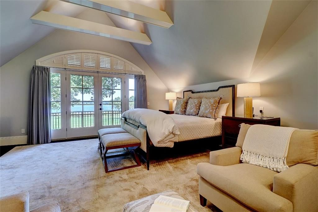 Luxe_and_Livable_Interior_Design_Blog_by_Maloney_Interiors_Barrington_Rhode_Island_Residential_Properties_Real_Estate_19.jpg