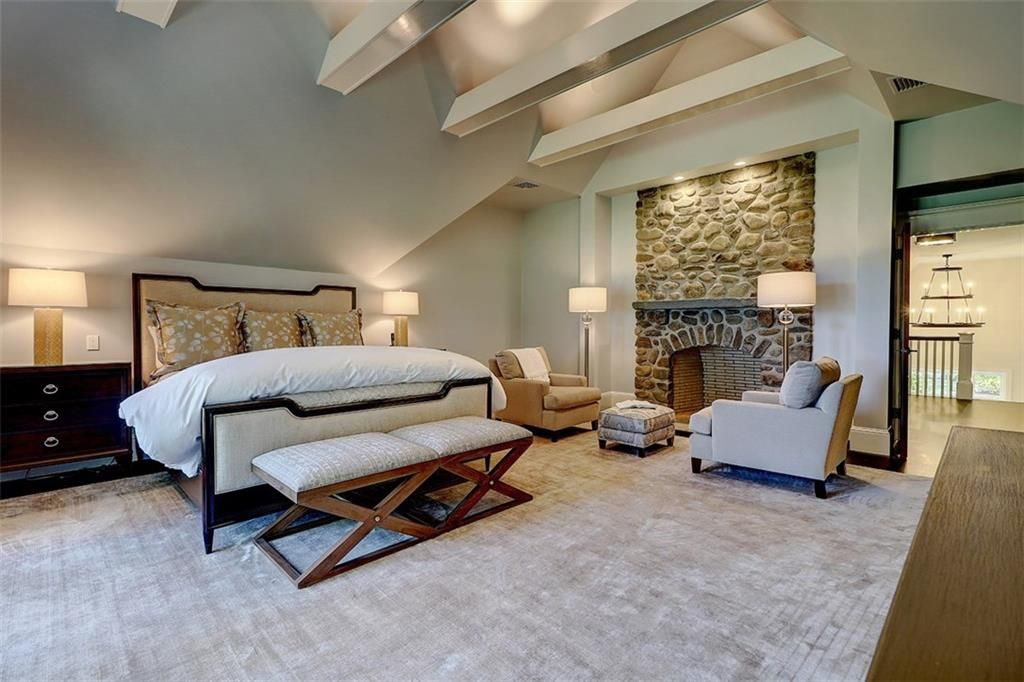 Luxe_and_Livable_Interior_Design_Blog_by_Maloney_Interiors_Barrington_Rhode_Island_Residential_Properties_Real_Estate_20.jpg