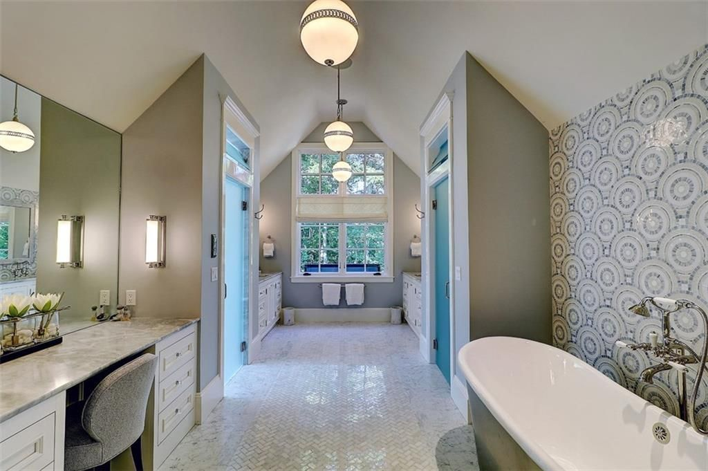 Luxe_and_Livable_Interior_Design_Blog_by_Maloney_Interiors_Barrington_Rhode_Island_Residential_Properties_Real_Estate_21.jpg