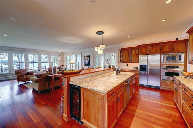 Luxe_and_Livable_Interior_Design_Blog_by_Maloney_Interiors_Barrington_Rhode_Island_Residential_Properties_Real_Estate_0.jpg