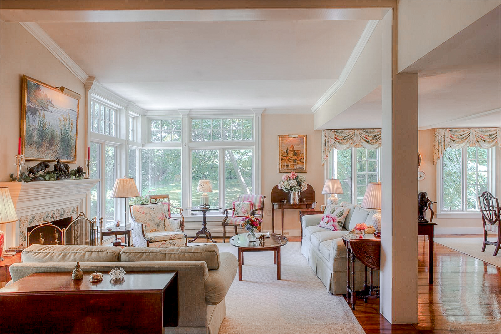 Luxe_and_Livable_Interior_Design_Blog_by_Maloney_Interiors_Portsmouth_Rhode_Island_Kimberly_Fleming_Real_Estate_14.jpg