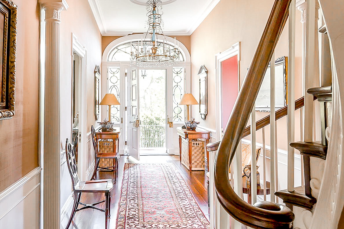 Luxe_and_Livable_Interior_Design_Blog_by_Maloney_Interiors_Mott_and_Chace_Realty_09.jpg
