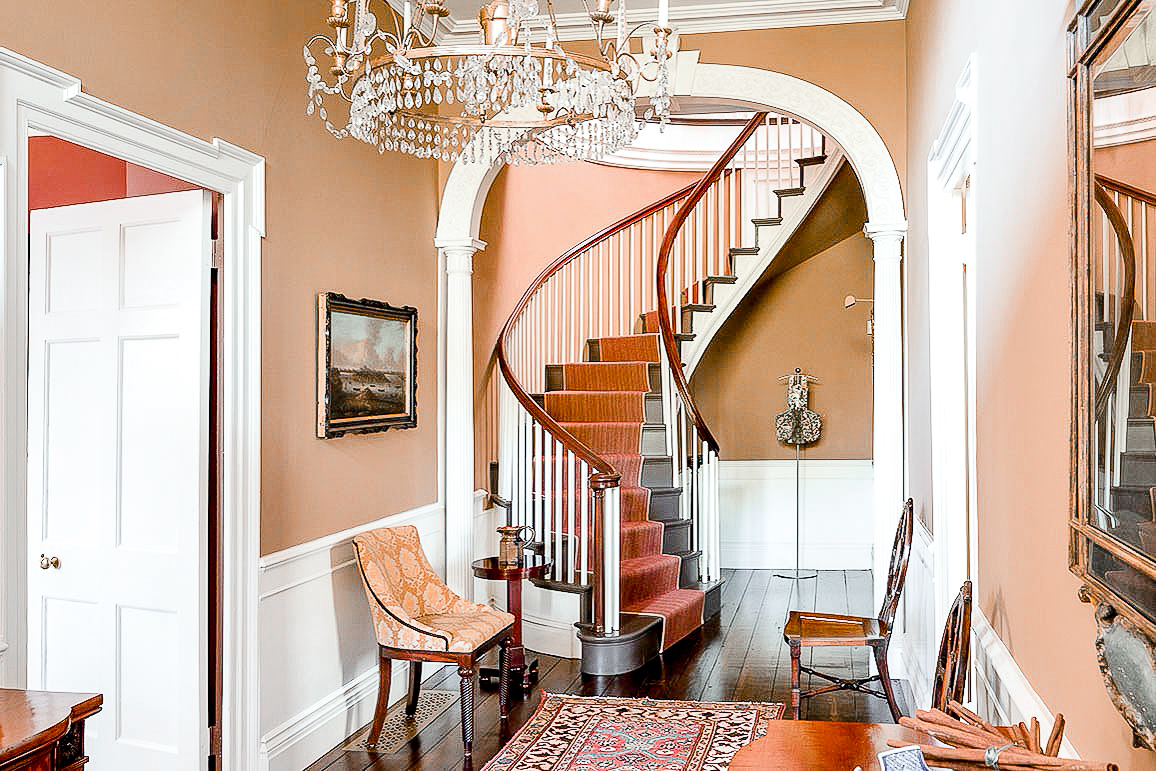 Luxe_and_Livable_Interior_Design_Blog_by_Maloney_Interiors_Mott_and_Chace_Realty_10.jpg