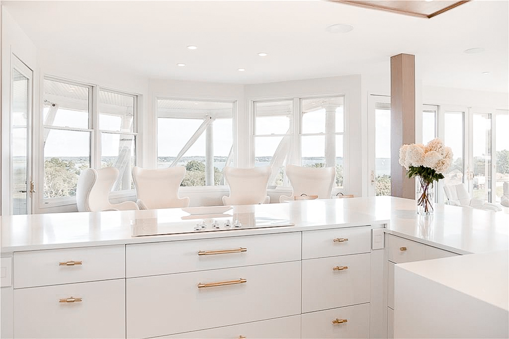 Luxe_and_livable_blog_by_Maloney_Interiors_Newport_Rhode_Island_Keller_Williams_Realty_13.jpg