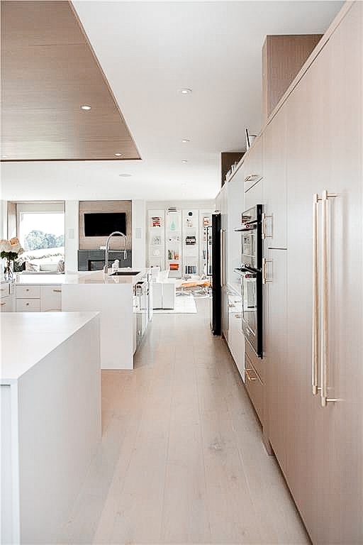 Luxe_and_livable_blog_by_Maloney_Interiors_Newport_Rhode_Island_Keller_Williams_Realty_15.jpg