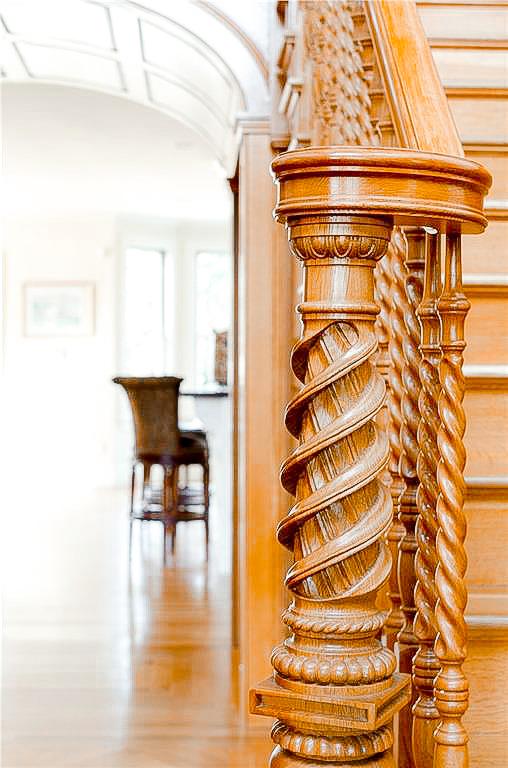 Luxe_and_Livable_Interior_Design_Blog_by_Maloney_Interiors_Newport_Rhode_Island_Lila_Delman_Real_Estate_04.jpg