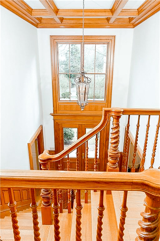 Luxe_and_Livable_Interior_Design_Blog_by_Maloney_Interiors_Newport_Rhode_Island_Lila_Delman_Real_Estate_05.jpg