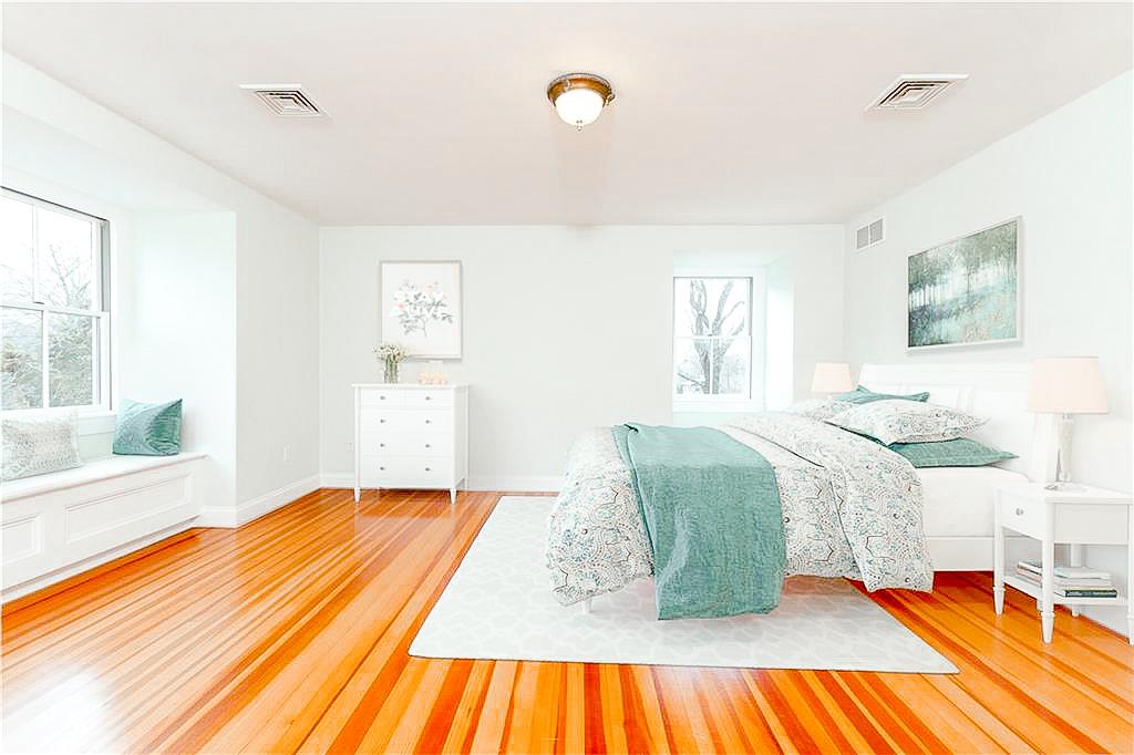 Luxe_and_Livable_Interior_Design_Blog_by_Maloney_Interiors_Newport_Rhode_Island_Lila_Delman_Real_Estate_21.jpg