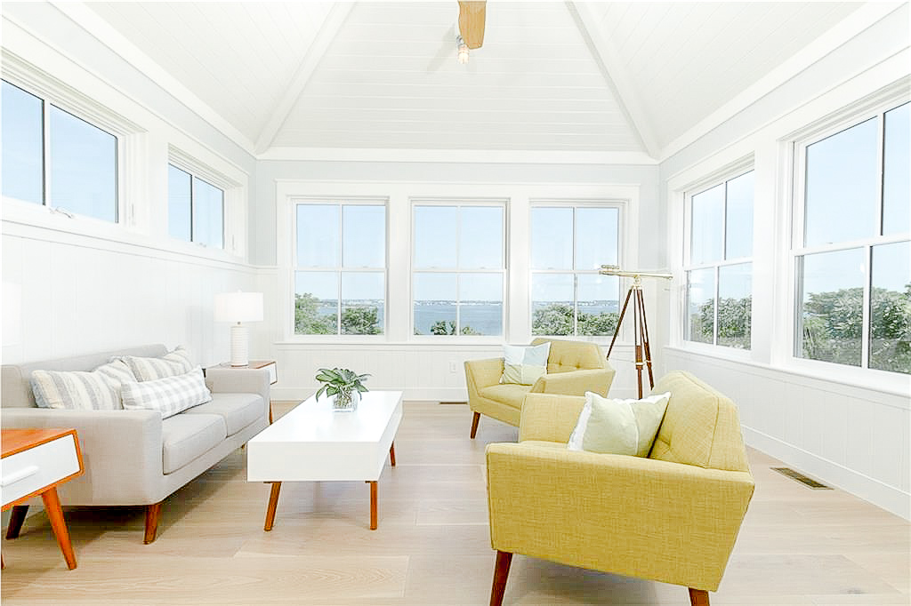 Luxe_and_Livable_Interior_Design_Blog_by_Maloney_Interiors_Newport_Rhode_Island_Lila_Delman_Real_Estate_14.jpg