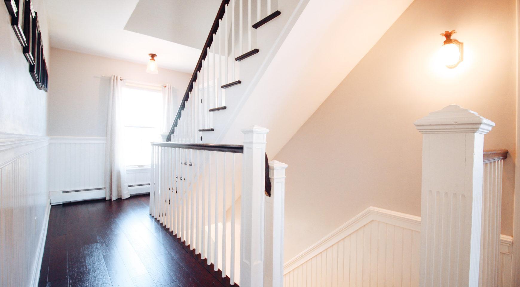 Luxe_and_Livable_Interior_Design_Blog_by_Maloney_Interiors_Newport_Rhode_Island_Fitzpatrick_Team_Remax_12.jpg