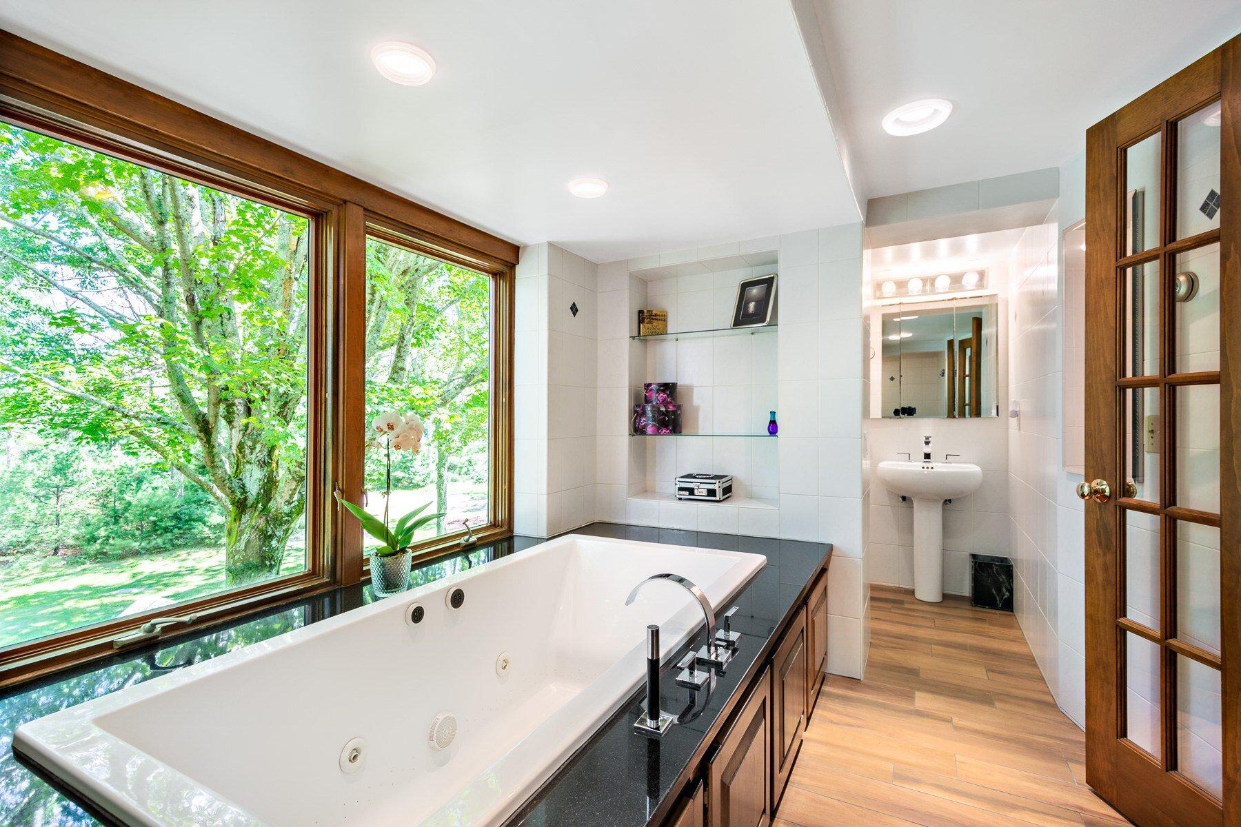 Luxe & Livable_Interior Design Blog Newport Rhode Island_18.jpg