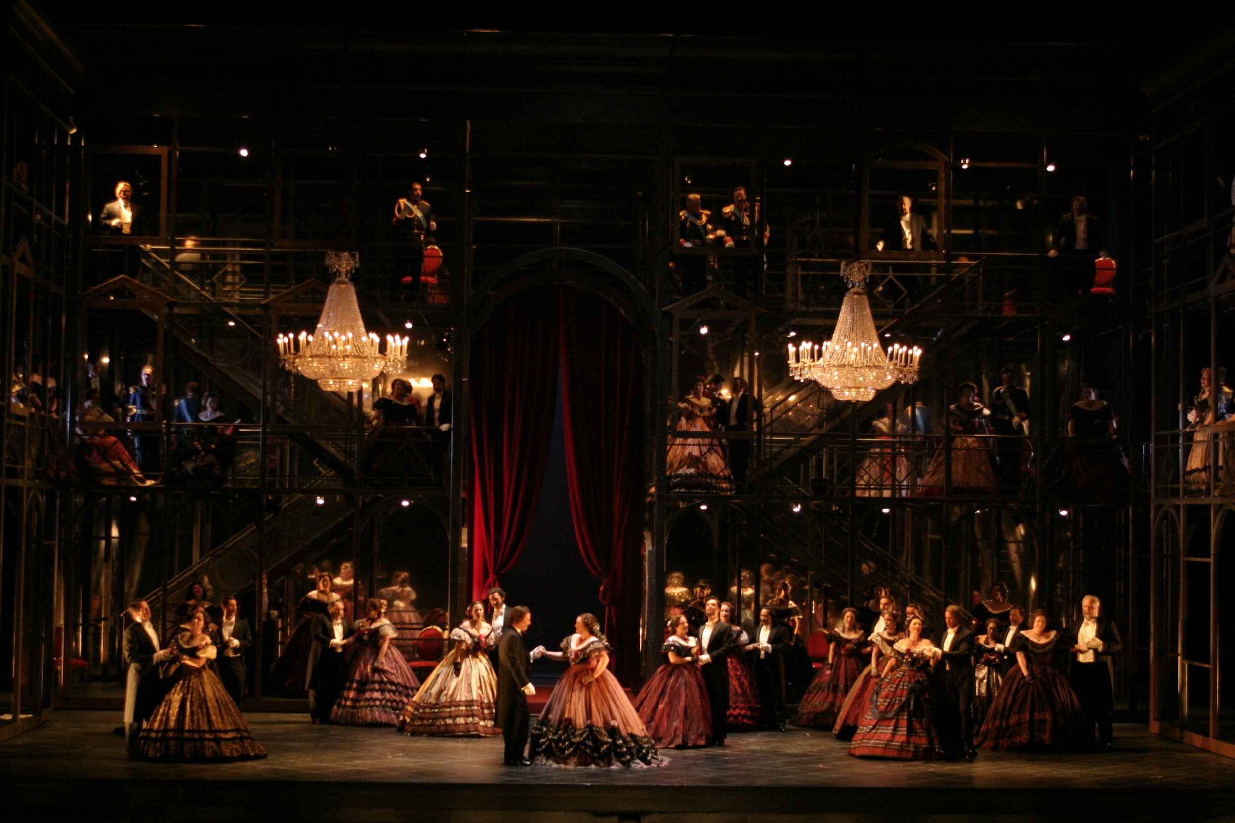 Romeo et Juliette  | LA Opera    photo: Robert Millard
