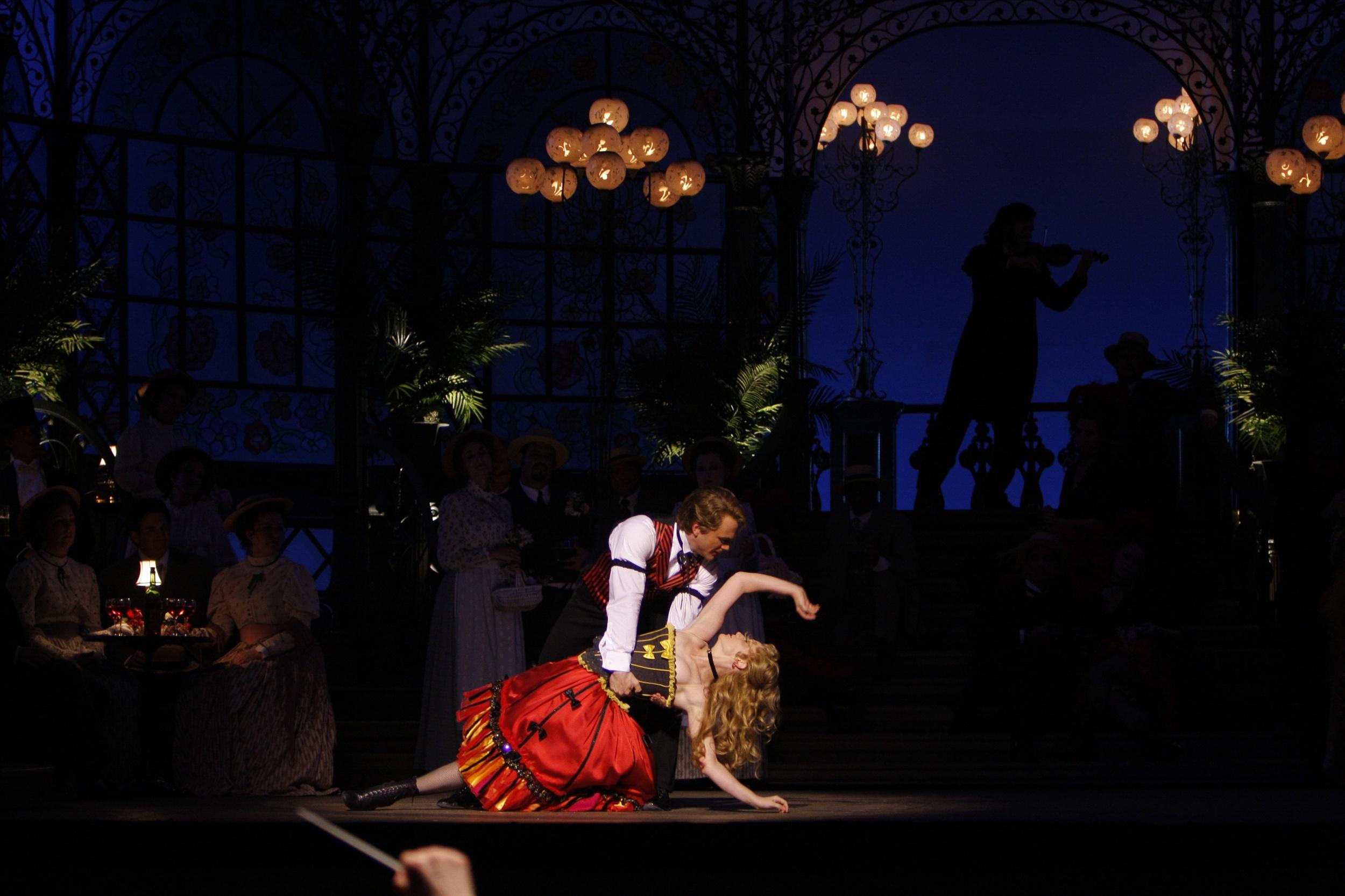 LA Rondine  | LA Opera    photo: Robert Millard