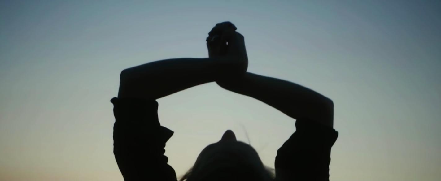 "Laura Marling ""W hen Brave Bird Saved""  | Music Video"
