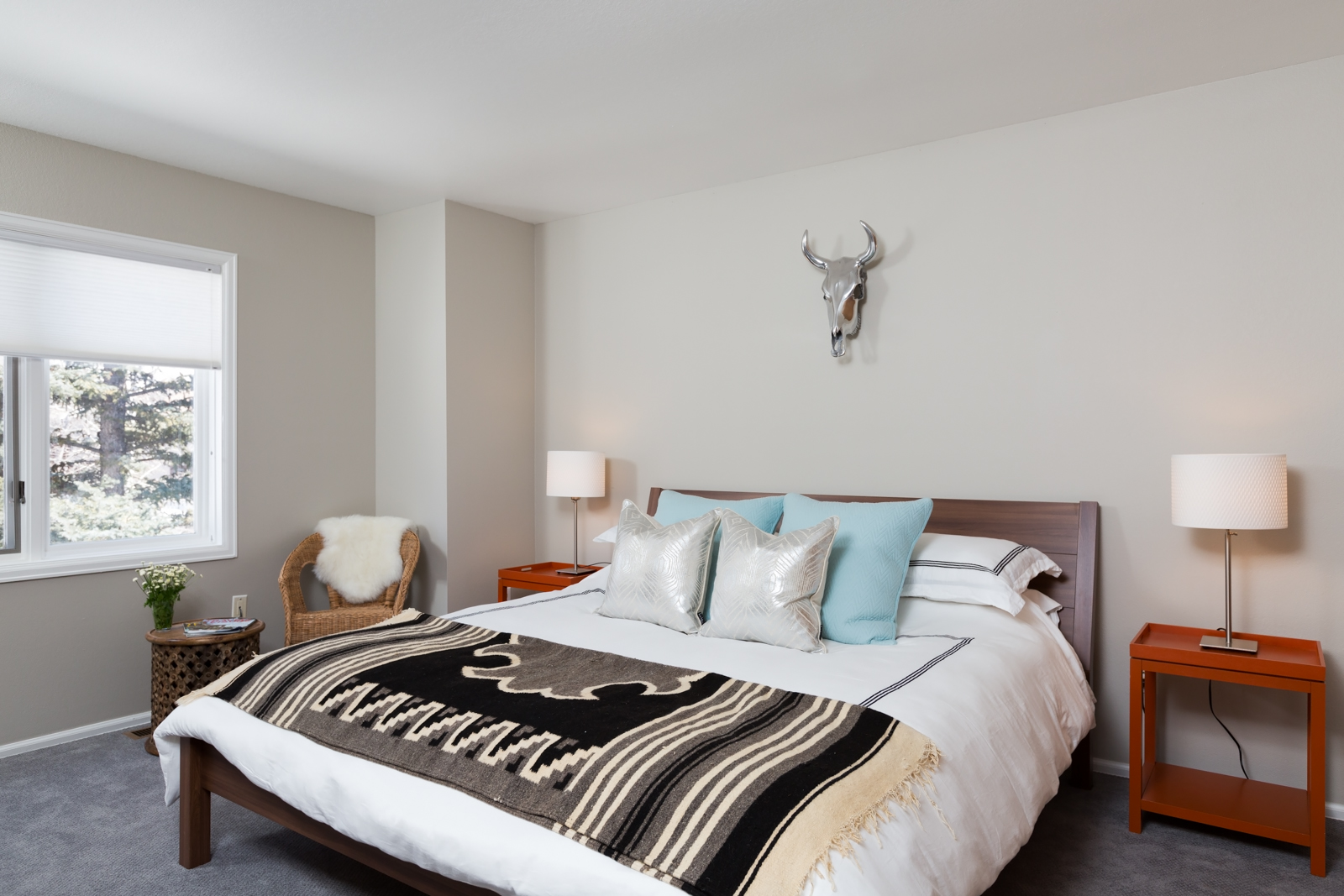 Second_master_bedroom-3-3128704430-O.jpg