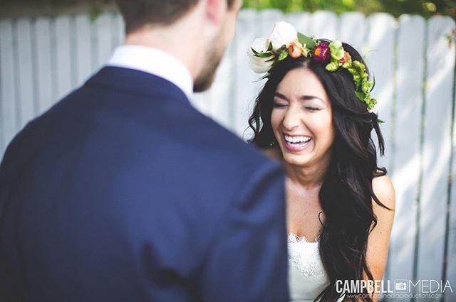 First Look Love #motivate #love #inspire #wedding #weddingphotography #weddingdress #bride #groom #boho #vintage #boho #cute #smile #weddingphotographer #destinationweddingphotographer