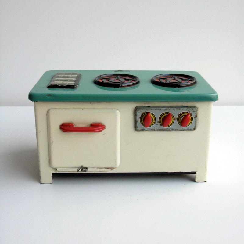 1950s tin plate stove via  Etsy