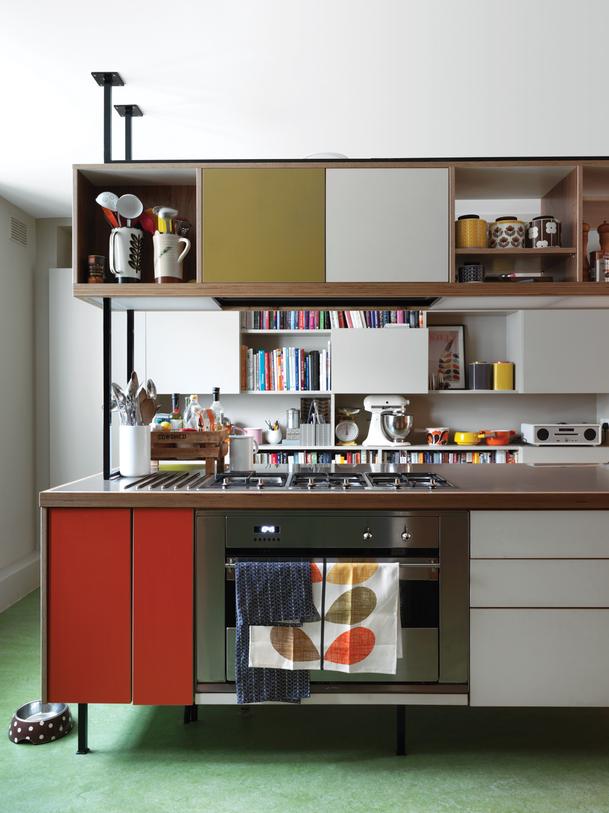 Kiely and architect Maxim Laroussi designed the kitchen unit.