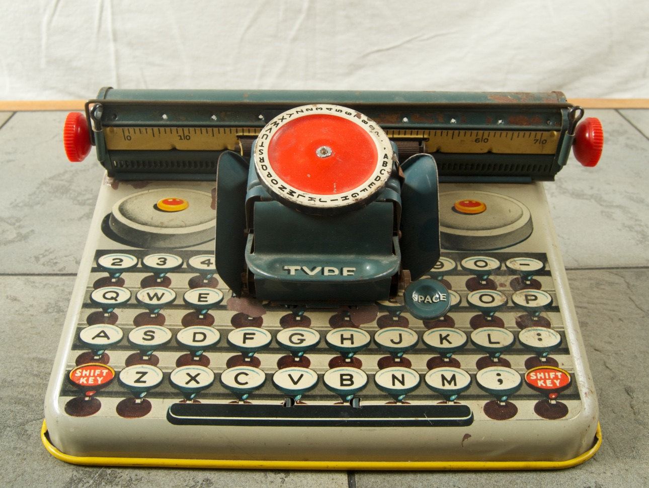 Vintage Tin Toy Typewriter by Dependable FC on  Etsy