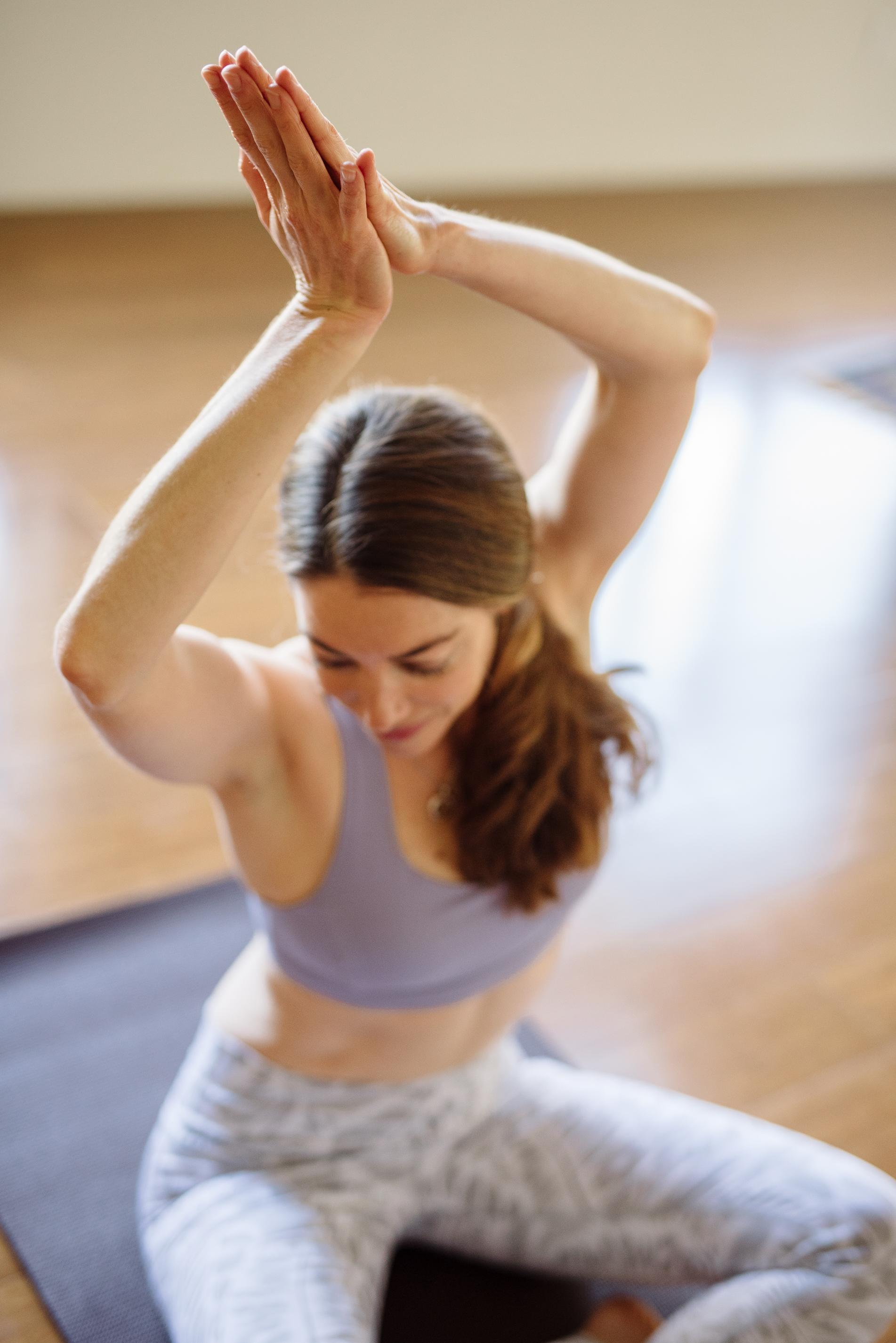 Nicole_Yoga (5 of 32).jpg