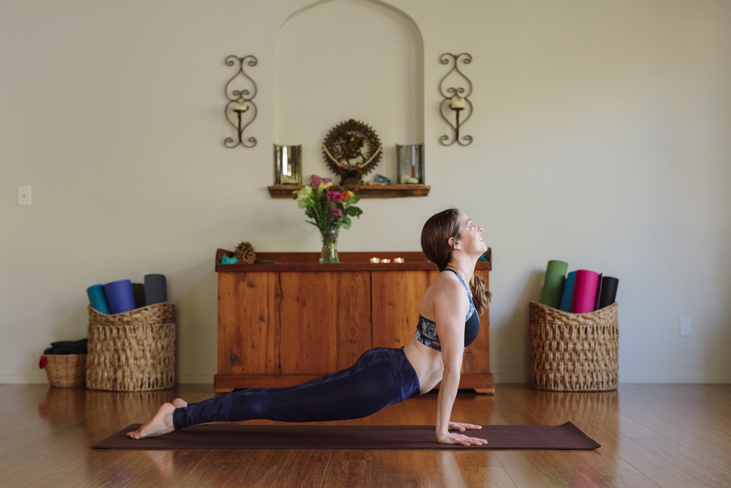 Nicole_Yoga (13 of 32).jpg