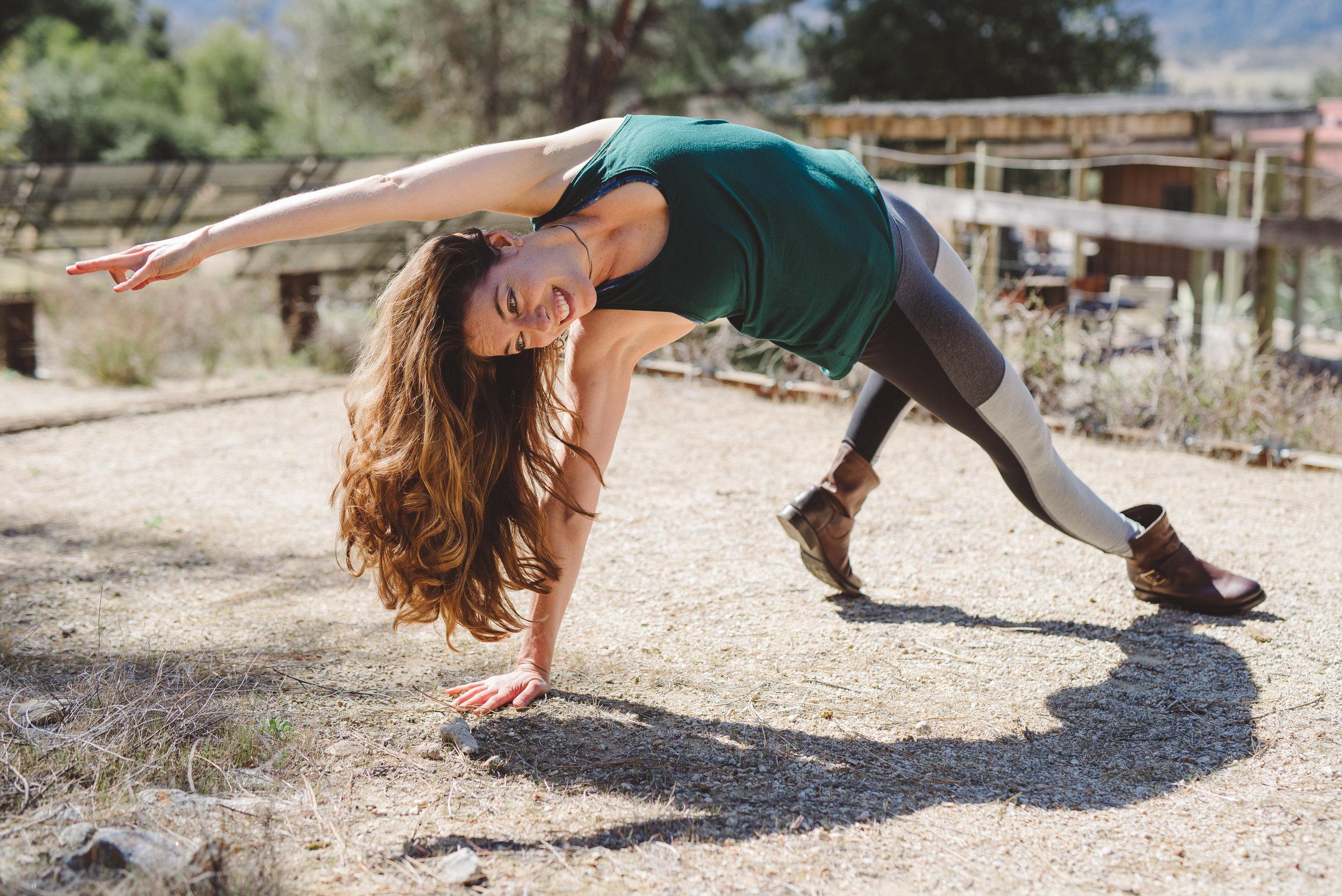 Nicole_Yoga (27 of 32).jpg