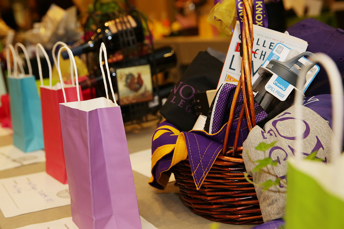 silent-auction-raffle-bags-3647-1500x750.jpg